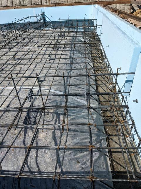 基礎工事 ~鉄筋組みしてます~