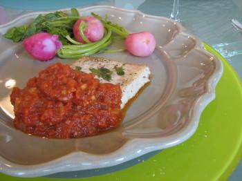 カジキマグロのトマトソース