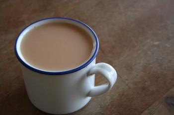 満杯の紅茶