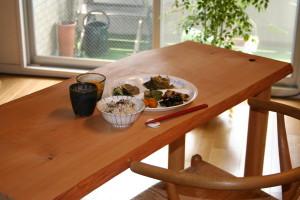 ヒノキ小テーブル