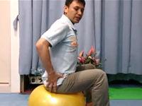 バランスボール・エクササイズ 効果的な使用方法と注意点