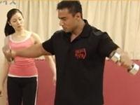 肩のウェイトトレーニング 「シーテッドフロントプレス」&「サイドレイズ」
