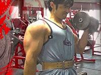 背中と上腕二頭筋(カリフォルニアオールドスクールタイプジムトレーニング)