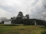 03中江藤樹像の位置より大洲城天守