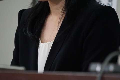 女性教員の旧姓使用認めず 東京地裁
