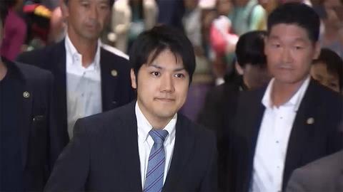 小室圭さん、アメリカへ出発 3年間留学予定