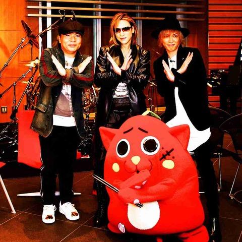 X JAPAN「紅」をドラム演奏する青森ゆるキャラ「にゃんごすた~」 YOSHIKIと共演