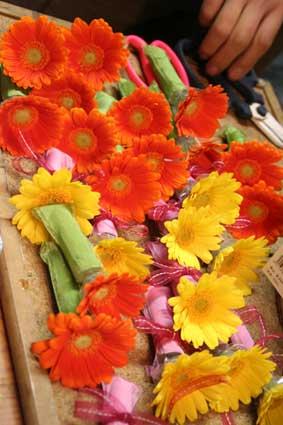 花ギフト|フラワーギフト|誕生日 花|カノシェ話題|スタンド花|ウエディングブーケ|花束|花屋|コサージュ2