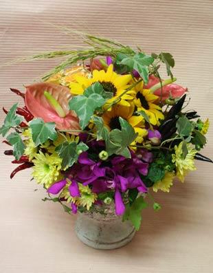 花ギフト フラワーギフト 誕生日 花 カノシェ話題 スタンド花 ウエディングブーケ 花束 花屋 いじちさんヒマワリあんす2