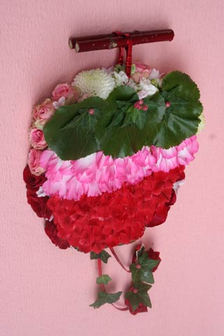 花ギフト|フラワーギフト|誕生日 花|カノシェ話題|スタンド花|ウエディングブーケ|花束|花屋|ichigoue