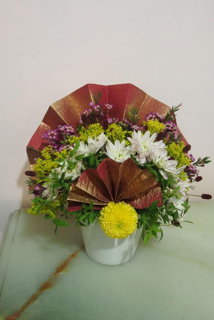 花ギフト フラワーギフト 誕生日 花 カノシェ話題 スタンド花 ウエディングブーケ 花束 花屋 manamisan