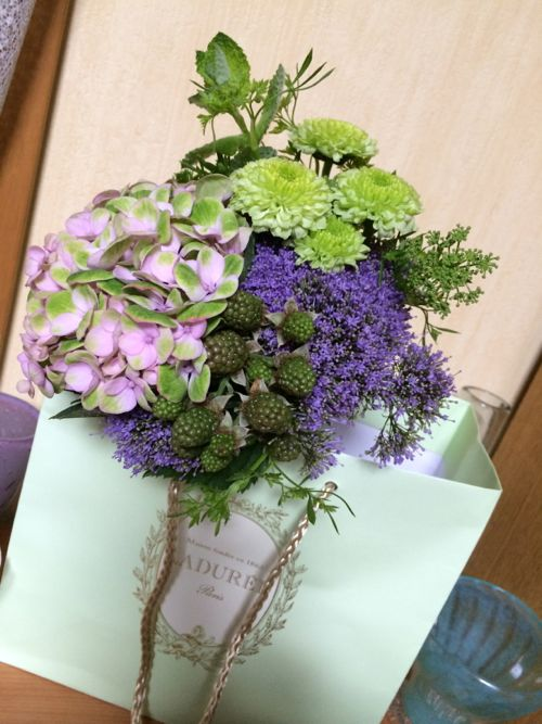 花ギフト|フラワーギフト|誕生日 花|カノシェ話題|スタンド花|ウエディングブーケ|花束|花屋|IMG_5510