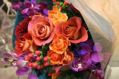 花ギフト|フラワーギフト|誕生日 花|カノシェ話題|スタンド花|ウエディングブーケ|花束|花屋|レオニダスブーケ