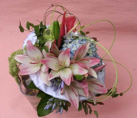 花ギフト フラワーギフト 誕生日 花 カノシェ話題 スタンド花 ウエディングブーケ 花束 花屋 ちか1