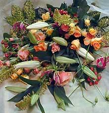 花ギフト|フラワーギフト|誕生日 花|カノシェ話題|スタンド花|ウエディングブーケ|花束|花屋|hanayaka1