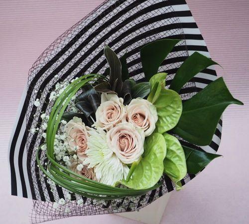 花ギフト|フラワーギフト|誕生日 花|カノシェ話題|スタンド花|ウエディングブーケ|花束|花屋|modern_b_n1
