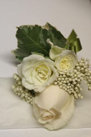 花ギフト|フラワーギフト|誕生日 花|カノシェ話題|スタンド花|ウエディングブーケ|花束|花屋|白ブトニア