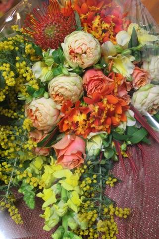 花ギフト|フラワーギフト|誕生日 花|カノシェ話題|スタンド花|ウエディングブーケ|花束|花屋|ミモザ オレンジ