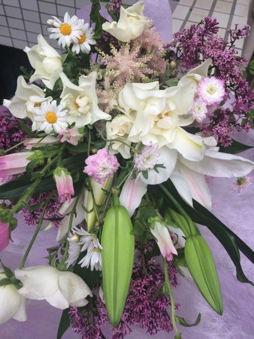 花ギフト|フラワーギフト|誕生日 花|カノシェ話題|スタンド花|ウエディングブーケ|花束|花屋|IMG_5172