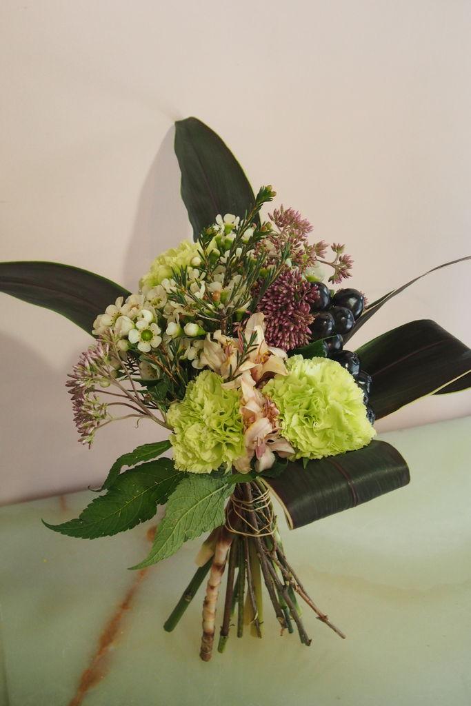 花ギフト|フラワーギフト|誕生日 花|カノシェ話題|スタンド花|ウエディングブーケ|花束|花屋|P8310926