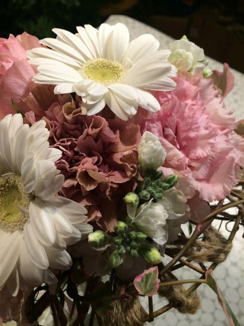 花ギフト|フラワーギフト|誕生日 花|カノシェ話題|スタンド花|ウエディングブーケ|花束|花屋|IMG_8156