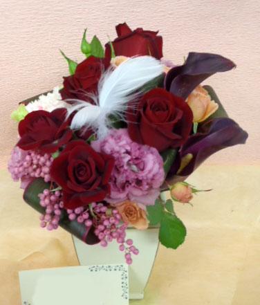 花ギフト|フラワーギフト|誕生日 花|カノシェ話題|スタンド花|ウエディングブーケ|花束|花屋|red