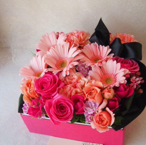 花ギフト|フラワーギフト|誕生日 花|カノシェ話題|スタンド花|ウエディングブーケ|花束|花屋|56011