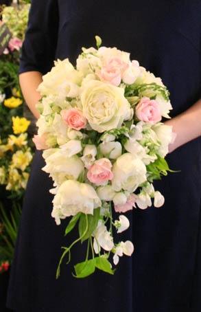 花ギフト フラワーギフト 誕生日 花 カノシェ話題 スタンド花 ウエディングブーケ 花束 花屋 IMG_7438