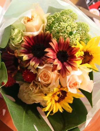 花ギフト フラワーギフト 誕生日 花 カノシェ話題 スタンド花 ウエディングブーケ 花束 花屋 チョコ