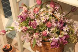 花ギフト|フラワーギフト|誕生日 花|カノシェ話題|スタンド花|ウエディングブーケ|花束|花屋|落合さん3