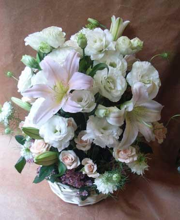 花ギフト フラワーギフト 誕生日 花 カノシェ話題 スタンド花 ウエディングブーケ 花束 花屋 ユリ