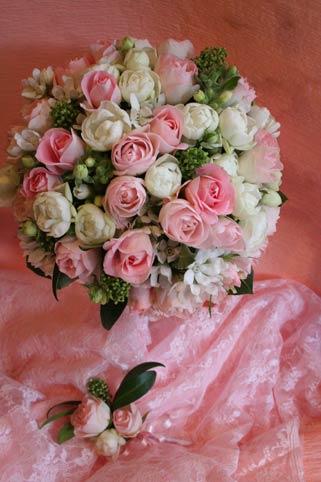 花ギフト|フラワーギフト|誕生日 花|カノシェ話題|スタンド花|ウエディングブーケ|花束|花屋|santowa