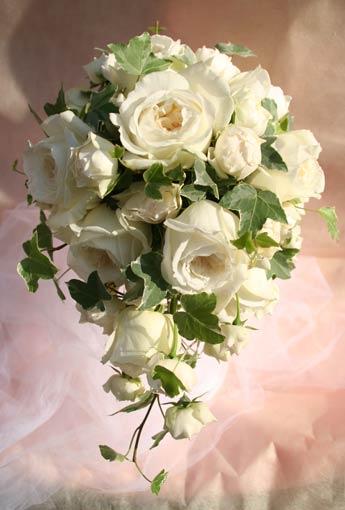 花ギフト フラワーギフト 誕生日 花 カノシェ話題 スタンド花 ウエディングブーケ 花束 花屋 八芳園