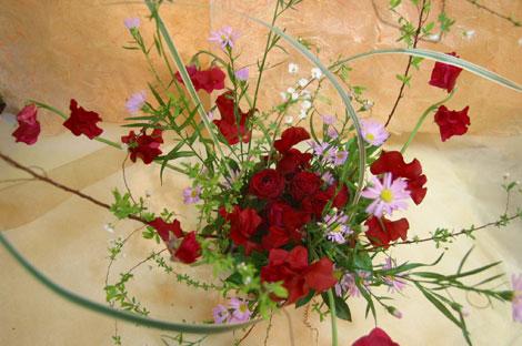花ギフト|フラワーギフト|誕生日 花|カノシェ話題|スタンド花|ウエディングブーケ|花束|花屋|舞う