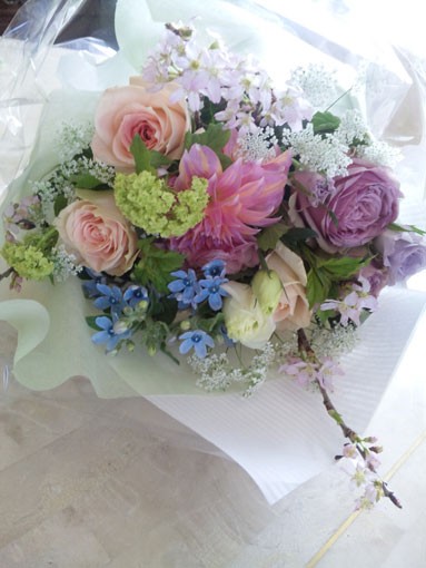 花ギフト|フラワーギフト|誕生日 花|カノシェ話題|スタンド花|ウエディングブーケ|花束|花屋|kayokosan