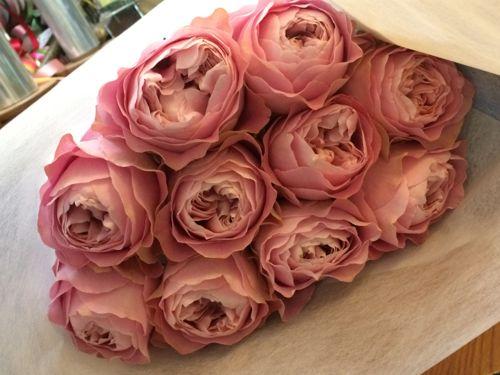 花ギフト|フラワーギフト|誕生日 花|カノシェ話題|スタンド花|ウエディングブーケ|花束|花屋|IMG_9160