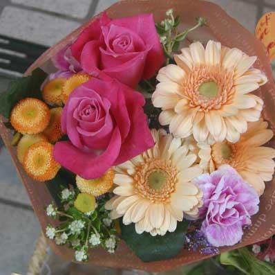 花ギフト|フラワーギフト|誕生日 花|カノシェ話題|スタンド花|ウエディングブーケ|花束|花屋|たまご