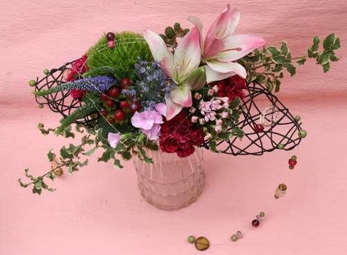 花ギフト フラワーギフト 誕生日 花 カノシェ話題 スタンド花 ウエディングブーケ 花束 花屋 岩ちゃん
