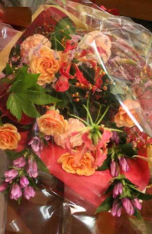花ギフト|フラワーギフト|誕生日 花|カノシェ話題|スタンド花|ウエディングブーケ|花束|花屋|両親or