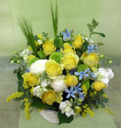 花ギフト フラワーギフト 誕生日 花 カノシェ話題 スタンド花 ウエディングブーケ 花束 花屋 黄色