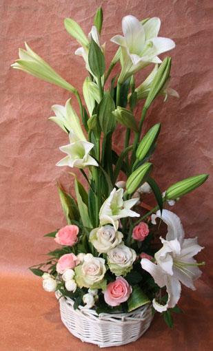 花ギフト|フラワーギフト|誕生日 花|カノシェ話題|スタンド花|ウエディングブーケ|花束|花屋|ゆり1