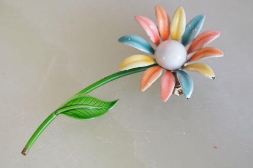 花ギフト|フラワーギフト|誕生日 花|カノシェ話題|スタンド花|ウエディングブーケ|花束|花屋|マルチビタミン
