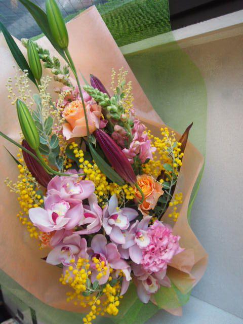 花ギフト|フラワーギフト|誕生日 花|カノシェ話題|スタンド花|ウエディングブーケ|花束|花屋|53126