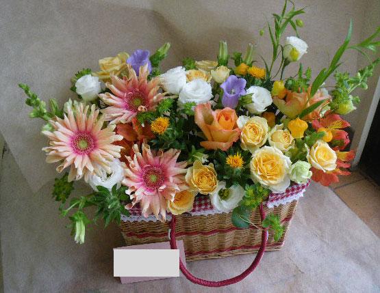 花ギフト|フラワーギフト|誕生日 花|カノシェ話題|スタンド花|ウエディングブーケ|花束|花屋|お散歩