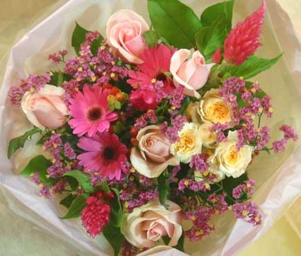 花ギフト フラワーギフト 誕生日 花 カノシェ話題 スタンド花 ウエディングブーケ 花束 花屋 ダンシングクイーン