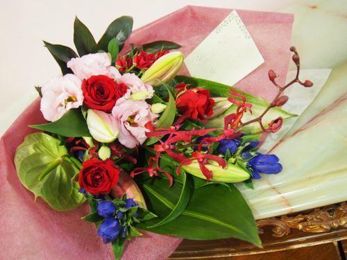 花ギフト|フラワーギフト|誕生日 花|カノシェ話題|スタンド花|ウエディングブーケ|花束|花屋|57313
