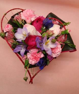 花ギフト|フラワーギフト|誕生日 花|カノシェ話題|スタンド花|ウエディングブーケ|花束|花屋|中西さんh