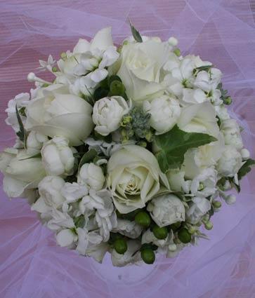 花ギフト|フラワーギフト|誕生日 花|カノシェ話題|スタンド花|ウエディングブーケ|花束|花屋|明治記念館 白丸