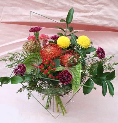 花ギフト|フラワーギフト|誕生日 花|カノシェ話題|スタンド花|ウエディングブーケ|花束|花屋|かおるさん アシスト