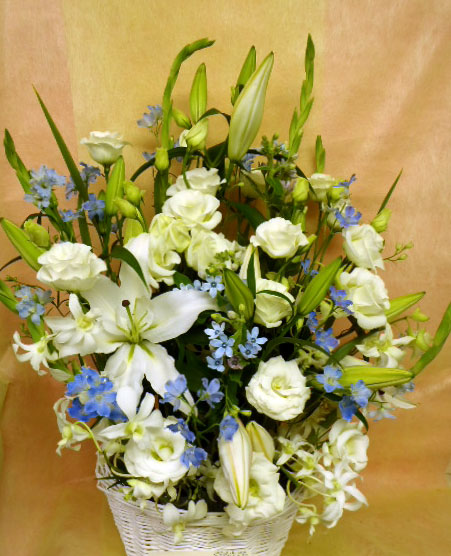 花ギフト|フラワーギフト|誕生日 花|カノシェ話題|スタンド花|ウエディングブーケ|花束|花屋|白ブルー
